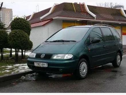 Volkswagen Sharan 1998 года за 50 000 тг. в Костанай