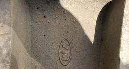 Диски Kia Sorento 1 R16 оригинал Киа Соренто 7J ET45 за 80 000 тг. в Уральск – фото 3