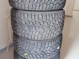 Зимние шины шипы Dunlop за 270 000 тг. в Нур-Султан (Астана)