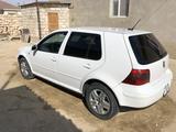 Volkswagen Golf 2003 года за 2 700 000 тг. в Актау – фото 2