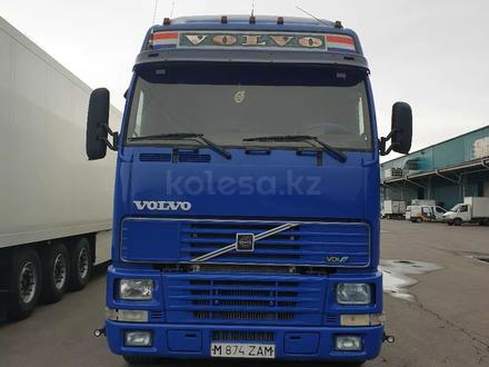Volvo  FH 12 2000 года за 13 000 000 тг. в Караганда