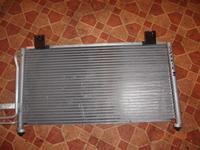 Радиатор кондиционера на Hyundai Sonata 2 за 15 000 тг. в Алматы