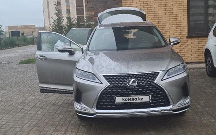 Lexus RX 200t 2019 года за 24 500 000 тг. в Семей