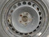 Р16 5/112 + 215/55 запаска для Мерса 210. за 10 000 тг. в Караганда – фото 2