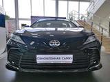 Toyota Camry 2021 года за 16 124 300 тг. в Уральск – фото 2
