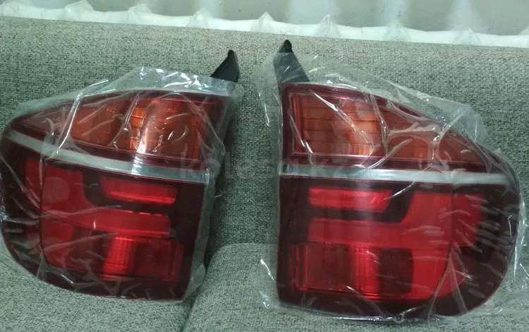 Комплект фонарей в крыло от BMW x5/e70 рест за 100 тг. в Алматы