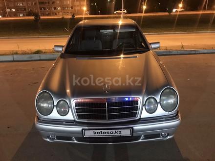 Mercedes-Benz E 230 1996 года за 3 200 000 тг. в Усть-Каменогорск