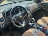 Chevrolet Cruze 2012 года за 2 800 000 тг. в Жанаозен – фото 3