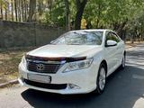 Toyota Camry 2012 года за 10 300 000 тг. в Алматы – фото 2