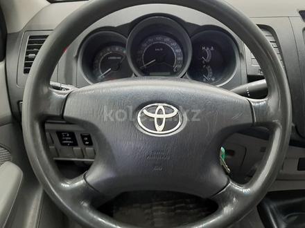 Toyota Hilux 2011 года за 6 800 000 тг. в Костанай – фото 12