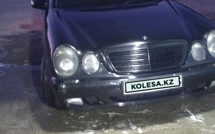 Mercedes-Benz E 240 2000 года за 3 100 000 тг. в Шымкент