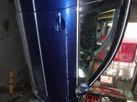 Боковые двери на Volkswagen Passat за 777 тг. в Усть-Каменогорск