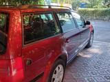 Volkswagen Passat 1999 года за 2 400 000 тг. в Уральск – фото 2