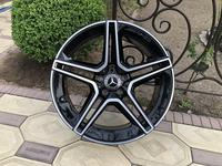 Оригинальные диски AMG R19 на Mercedes CLS 257 Мерседес за 1 150 000 тг. в Алматы