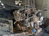 Двигатель с коробкой дизель за 100 000 тг. в Актобе – фото 2