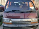 Toyota HiAce 1993 года за 2 000 000 тг. в Алматы