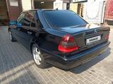 Mercedes-Benz C 230 1998 года за 2 100 000 тг. в Алматы