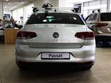 Volkswagen Passat Business 1.4 TSI 2021 года за 15 261 000 тг. в Нур-Султан (Астана) – фото 2