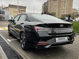 Hyundai Elantra 2021 года за 12 800 000 тг. в Шымкент – фото 2