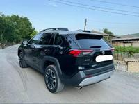 Toyota RAV 4 2019 года за 16 000 000 тг. в Алматы