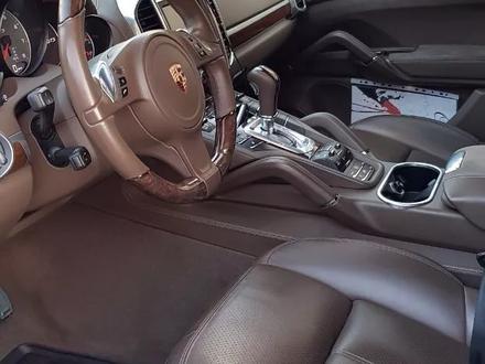 Porsche Cayenne 2013 года за 16 500 000 тг. в Алматы – фото 6