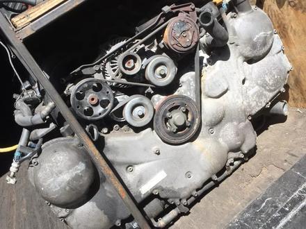 Двигатель ez30 трибека в Караганда