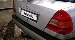 Mercedes-Benz C 180 1994 года за 1 400 000 тг. в Караганда