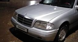 Mercedes-Benz C 180 1994 года за 1 400 000 тг. в Караганда – фото 4