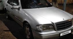 Mercedes-Benz C 180 1994 года за 1 400 000 тг. в Караганда – фото 5