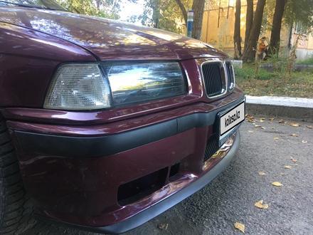 BMW 320 1994 года за 1 450 000 тг. в Усть-Каменогорск – фото 3