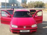 Volkswagen Golf 2001 года за 2 300 000 тг. в Жезказган – фото 2
