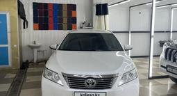 Toyota Camry 2014 года за 8 900 000 тг. в Актобе – фото 3