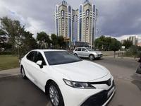 Toyota Camry 2018 года за 13 100 000 тг. в Актобе