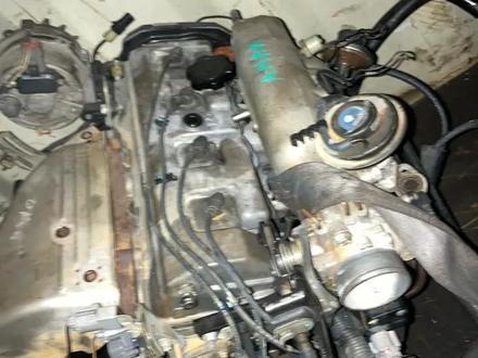 Тойота Камри Грация Обьём 2, 2 Двигатель, каропка с навесным… за 1 500 тг. в Алматы – фото 2