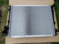 Радиатор основной на Jaguar S-Type за 50 000 тг. в Алматы