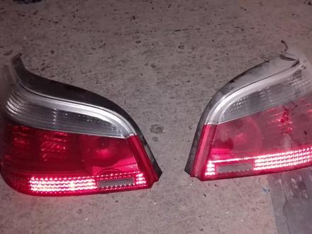 Задние фонари BMW E60 дорестайлинг за 50 000 тг. в Алматы – фото 2