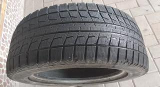 225.55.R17-есть 1шт. Bridgestone Blizzak revo2 за 10 000 тг. в Алматы