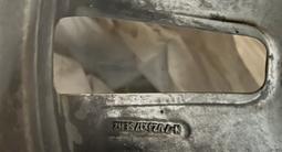 130 Стиль BMW R17 вместе с резиной Bridgestone ice cruser за 170 000 тг. в Алматы – фото 3
