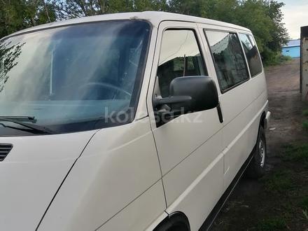 Volkswagen Multivan 1995 года за 2 300 000 тг. в Караганда – фото 3