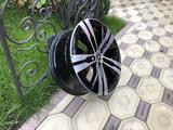 Оригинальные диски R20 на Mercedes GL, ML, GLE, GLS Мерседес за 650 000 тг. в Алматы – фото 4