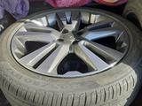 Комплект шины + диски за 280 000 тг. в Экибастуз
