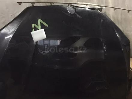 Капот BMW f15 f16 x5 x6 оригинал за 104 000 тг. в Нур-Султан (Астана)
