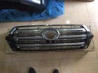 Решетка радиатора toyota land cruiser 200 за 123 тг. в Костанай