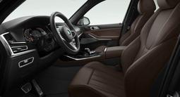 BMW X7 2021 года за 60 441 678 тг. в Караганда – фото 2