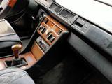 Mercedes-Benz E 200 1989 года за 950 000 тг. в Талдыкорган – фото 3