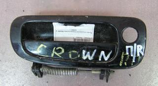 Наружняя ручка правой передней двери Toyota Crown 141 кузов 1993г за 5 000 тг. в Семей