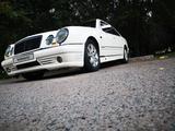 Mercedes-Benz E 230 1999 года за 1 999 999 тг. в Алматы – фото 5