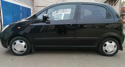 Chevrolet Spark 2006 года за 1 350 000 тг. в Уральск – фото 5