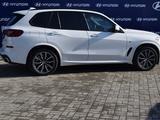 BMW X5 2018 года за 30 000 000 тг. в Костанай – фото 2