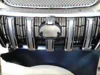 Решетка радиатора тойота прадо 155 рестайлинг за 362 тг. в Актау